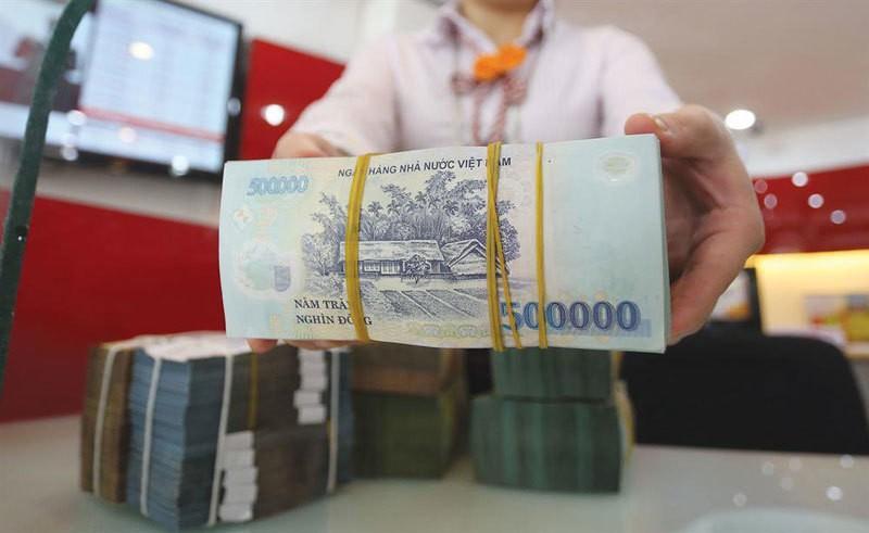 giam-lai-suat-ngan-hang-1634012426.jpg